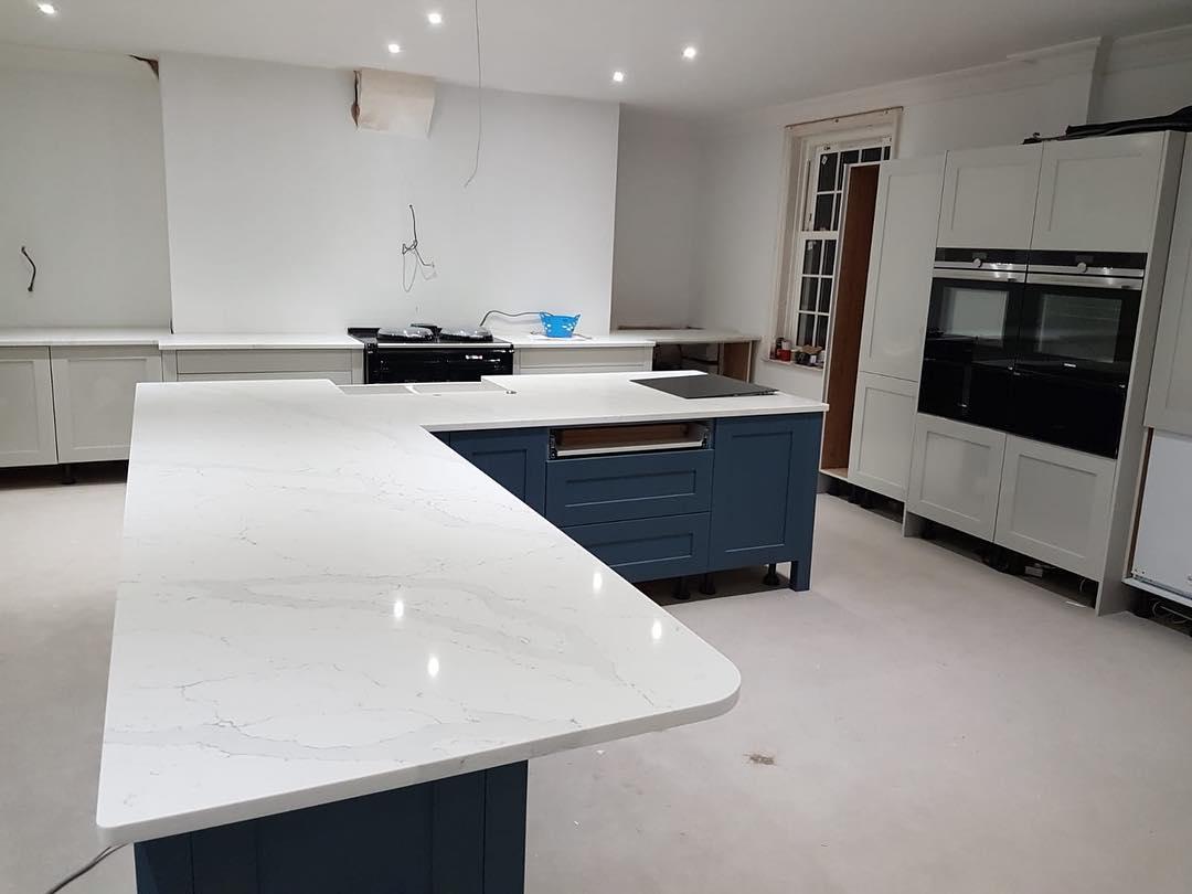 white kitchen countertops